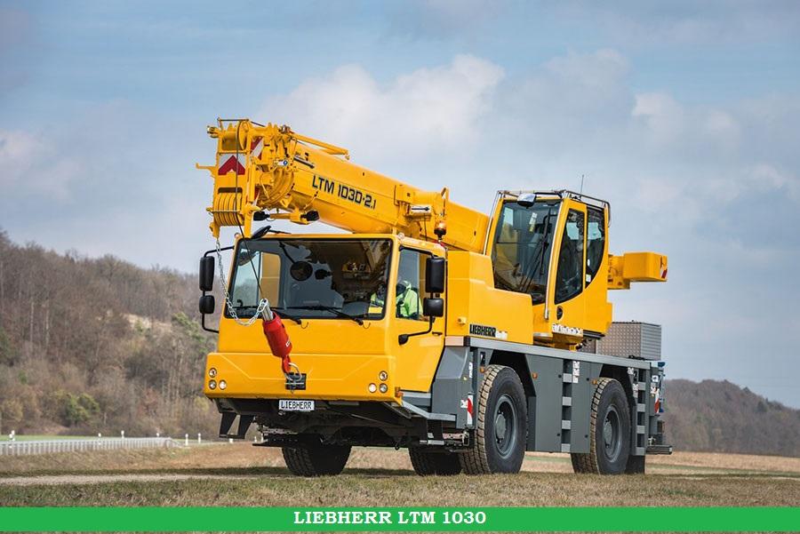 liebherr-ltm-1030-2-1-driving-position-landscape